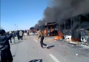 busses-burn-in-isfahan-375x263